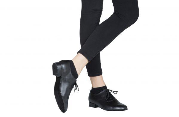 Scarpa Da Ballo Bambino Modello Oxford Colore Nero Tacco 25 Cm Indossato