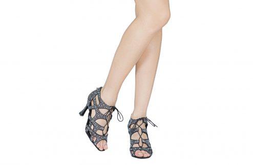 Scarpa Da Ballo Special Edition Eva Con Fasce Incrociate E Crystal Strass Tacco Cm 75 Indossato
